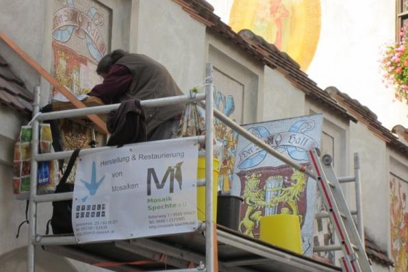 Restaurierung Mosaikwappen
